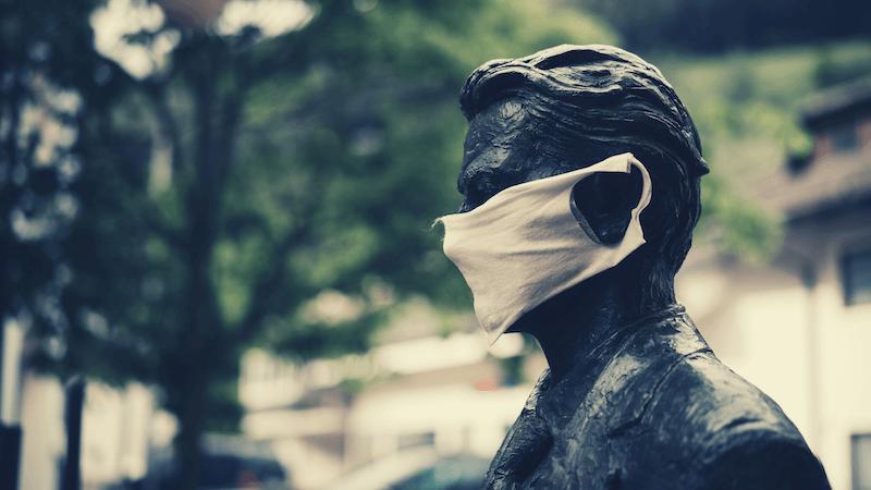 従業員へのマスク着用指示の可否