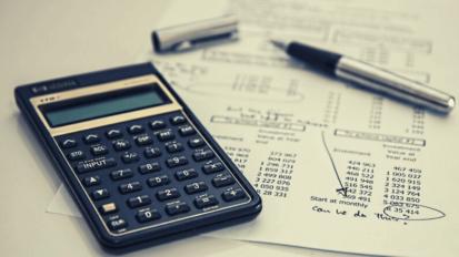非金銭債務の不履行による顧客の契約解除は認められるか